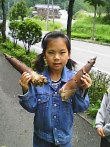 広島の建築設計事務所のかんくう建築デザインの長女