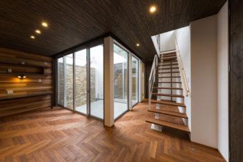 広島市安佐南区の建築設計事務所 かんくう建築デザイン 無垢フローリング ヘリボーン