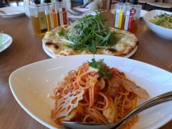 パスタとピザ